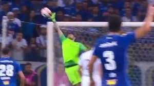 CAPTURA Atajada Rossi Cruzeiro Boca Copa Libertadores 04102018