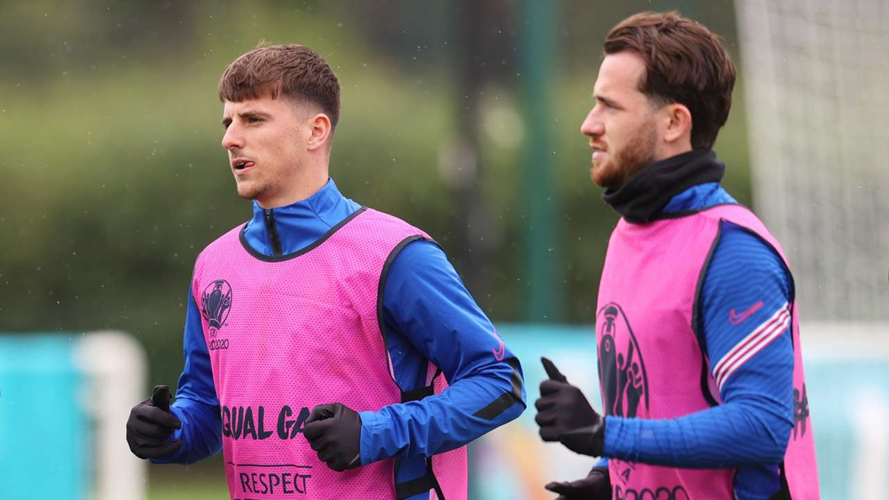 Mason Mount Ben Chilwell England training Euro 2020