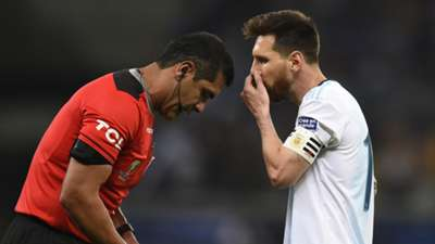 Lionel Messi Brazil Argentina referee