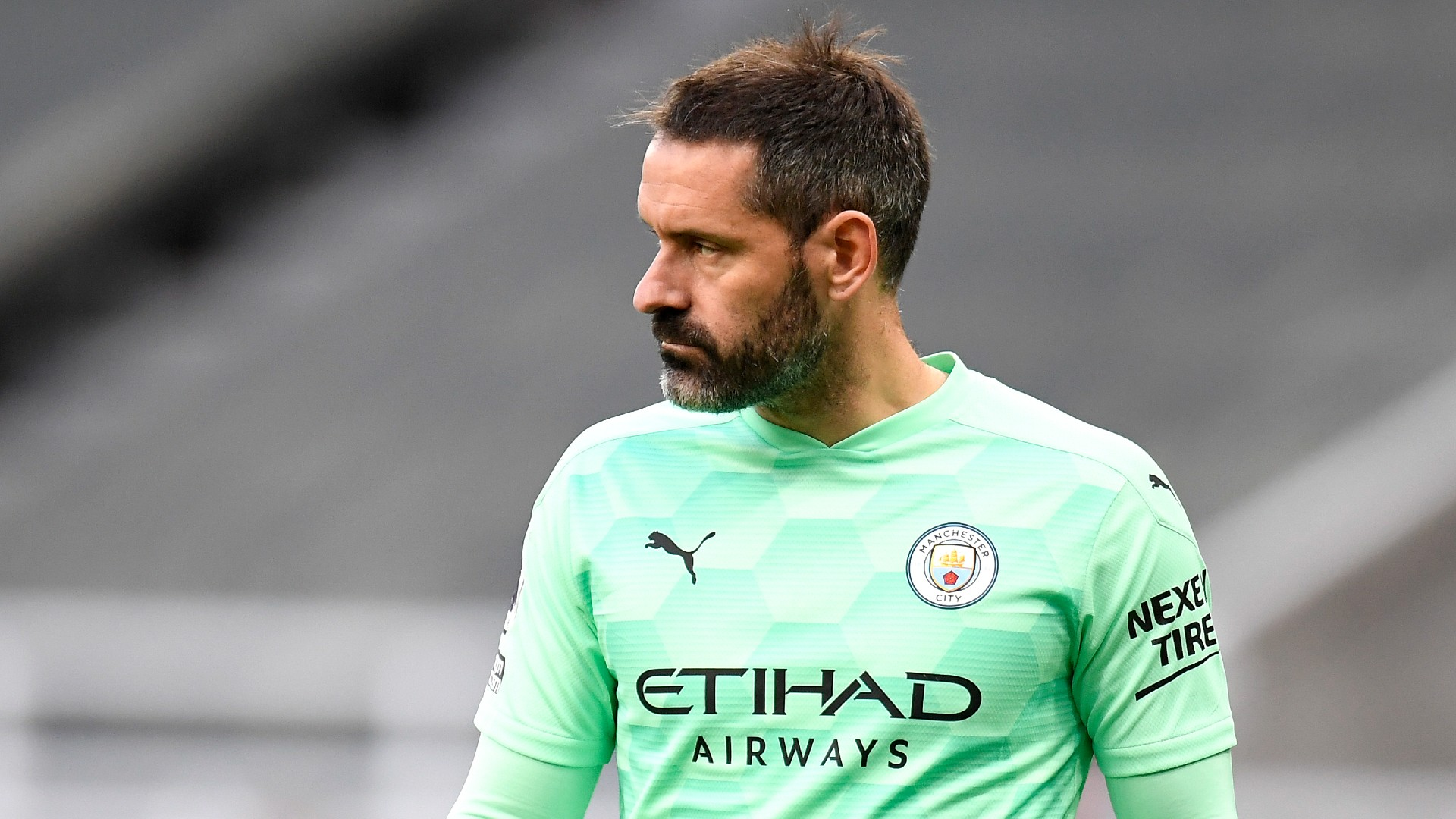 Veteran keeper Carson signs one-year Man City deal after becoming a free agent