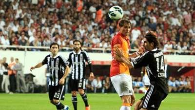 Besiktas v Galatasaray 260812