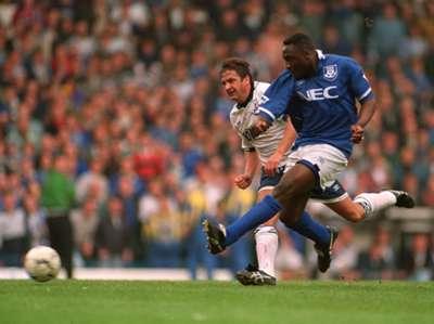 Daniel Amokachi - Spurts v Everton 04091995