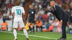 Luka Modric Zinedine Zidane Real Madrid APOEL Champions League 13092017
