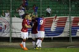 Paraná festeja gol na Série B