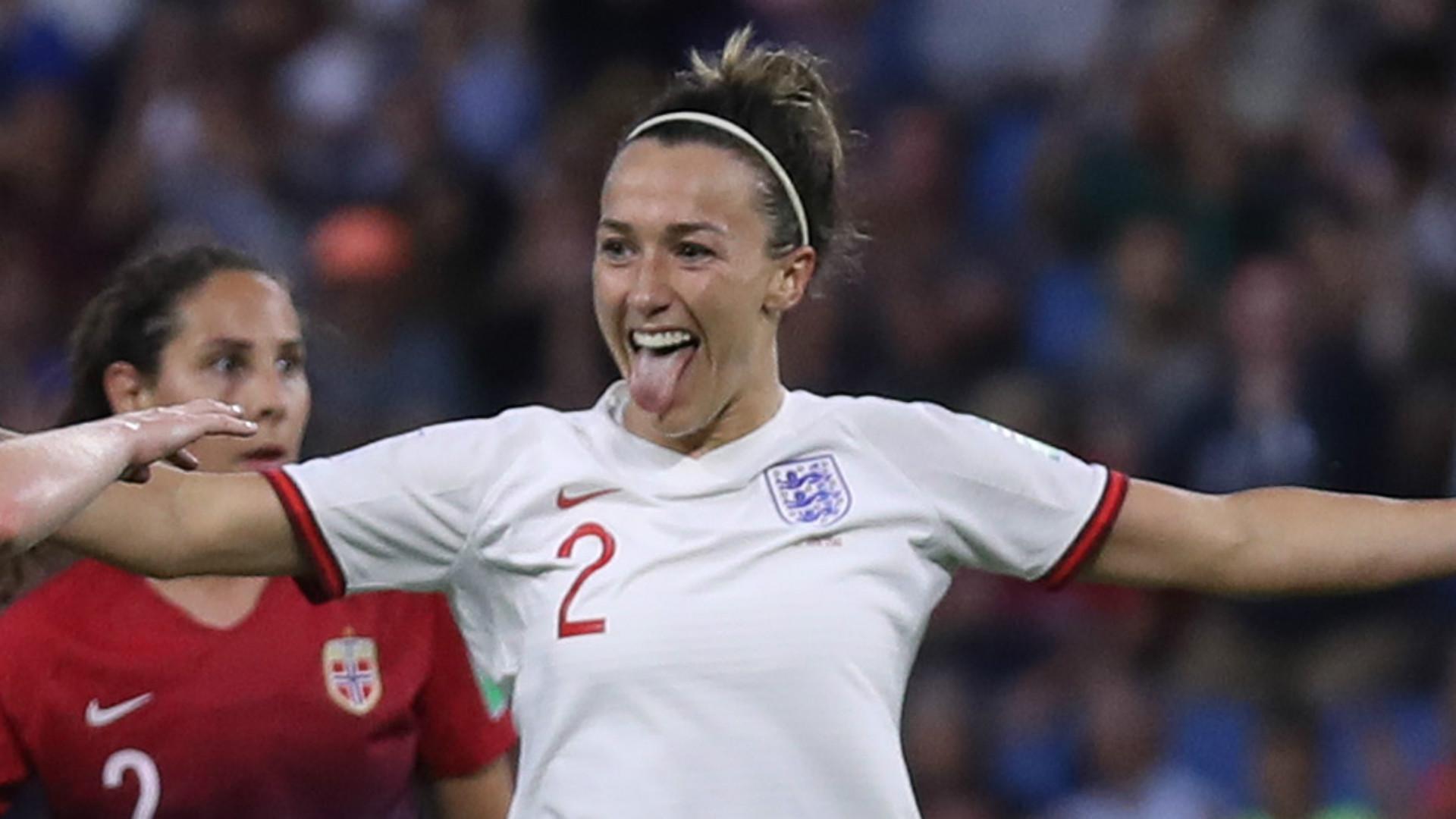 Lucy Bronze England 2019