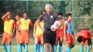 Luis Norton de Matos India U17 training