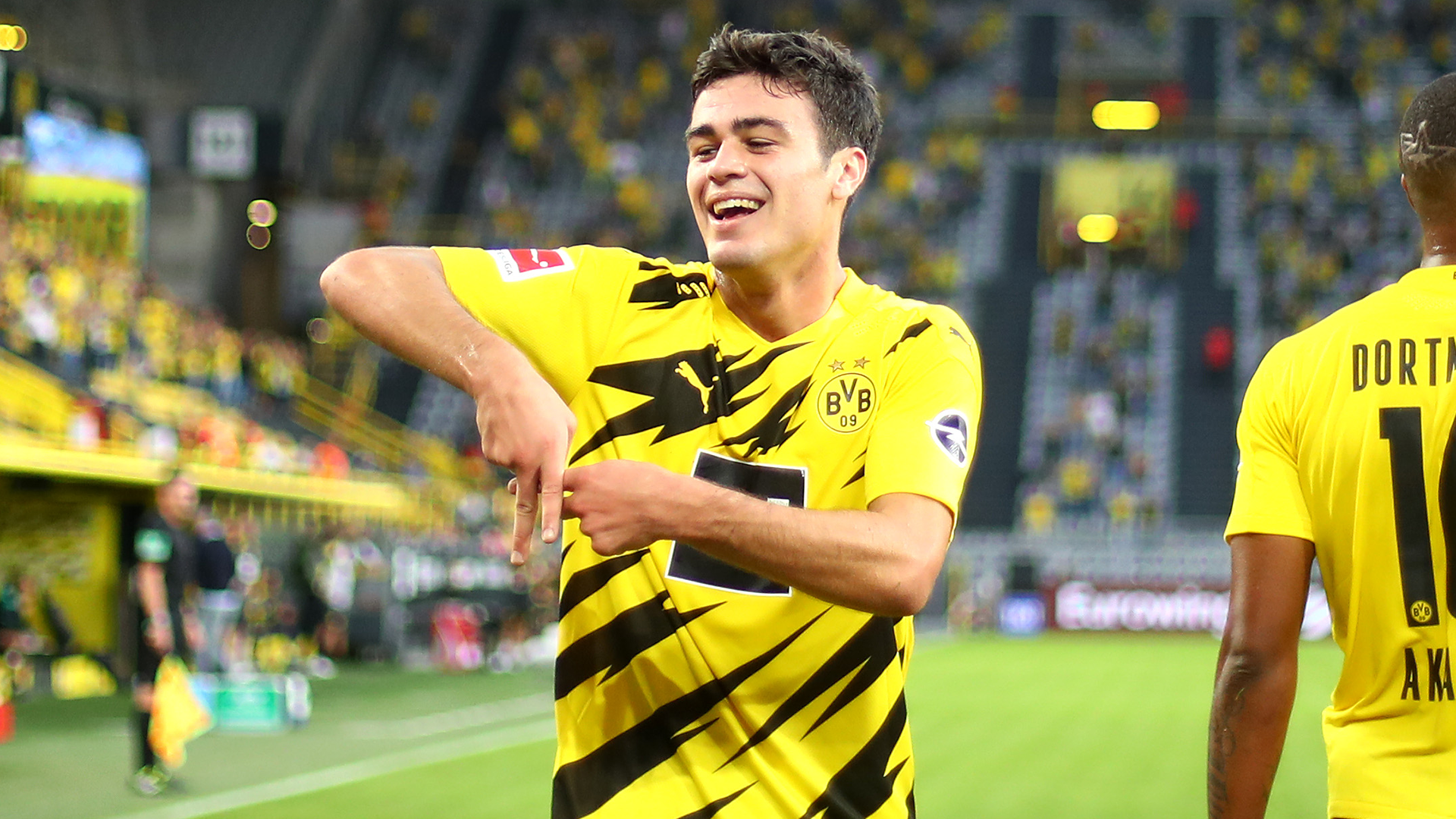 Dortmund Have Won The Lottery With Reyna USNMT Youngster Has Same Potential As Pulisic Says BVB Director Goal com