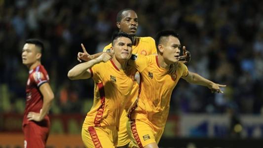 Trọng tài Singapore điều khiển hai trận cầu đinh ở vòng 26 V.League | Goal.com