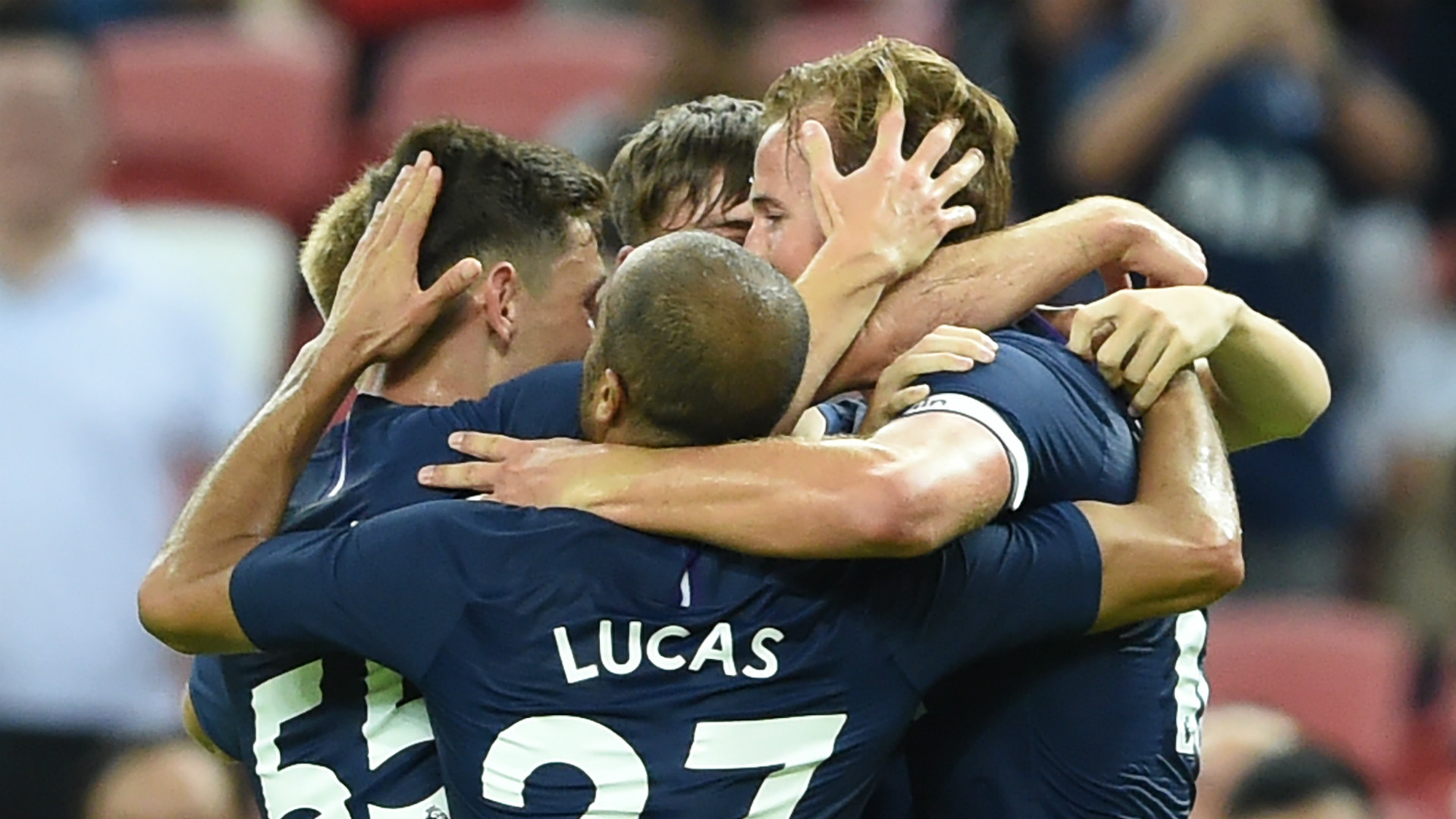 Tottenham celebrate 2019-20