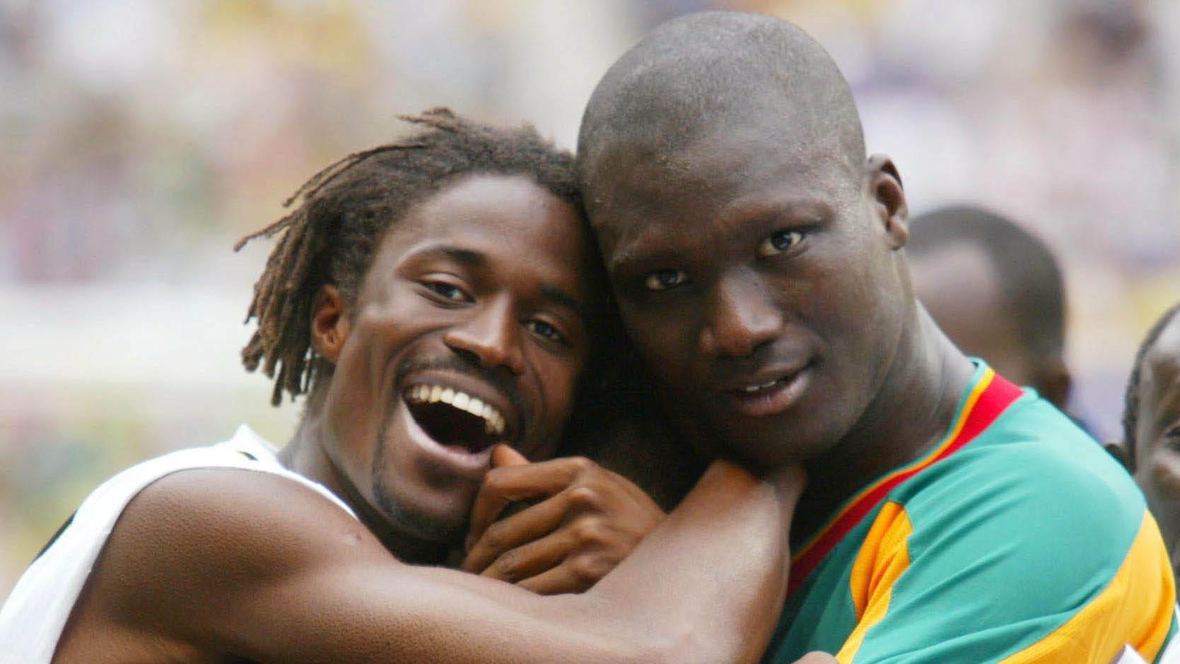 Bouba Diop, morto l'ex calciatore stelle del Senegal ai Mondiali 2002