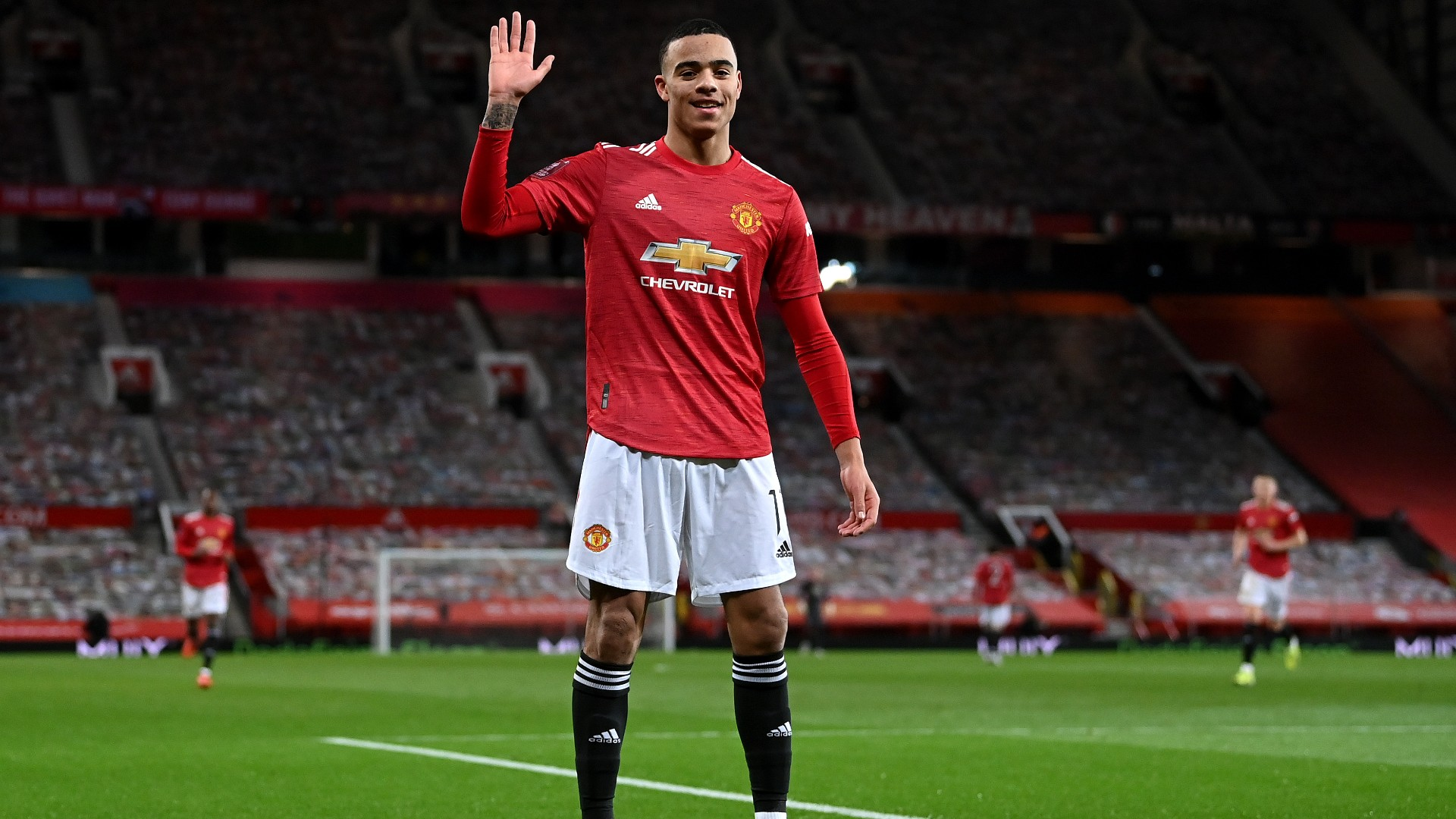 Man Utd star Greenwood reacts to Van Persie comparisons and reveals his strongest foot