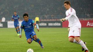 Manuel Neuer, Bhaichung Bhutia, India vs Bayern Munich