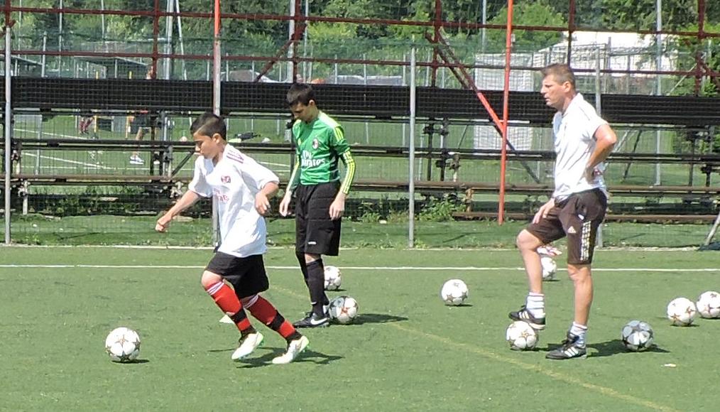 Italian giants AC Milan all set to start three academies in Kerala
