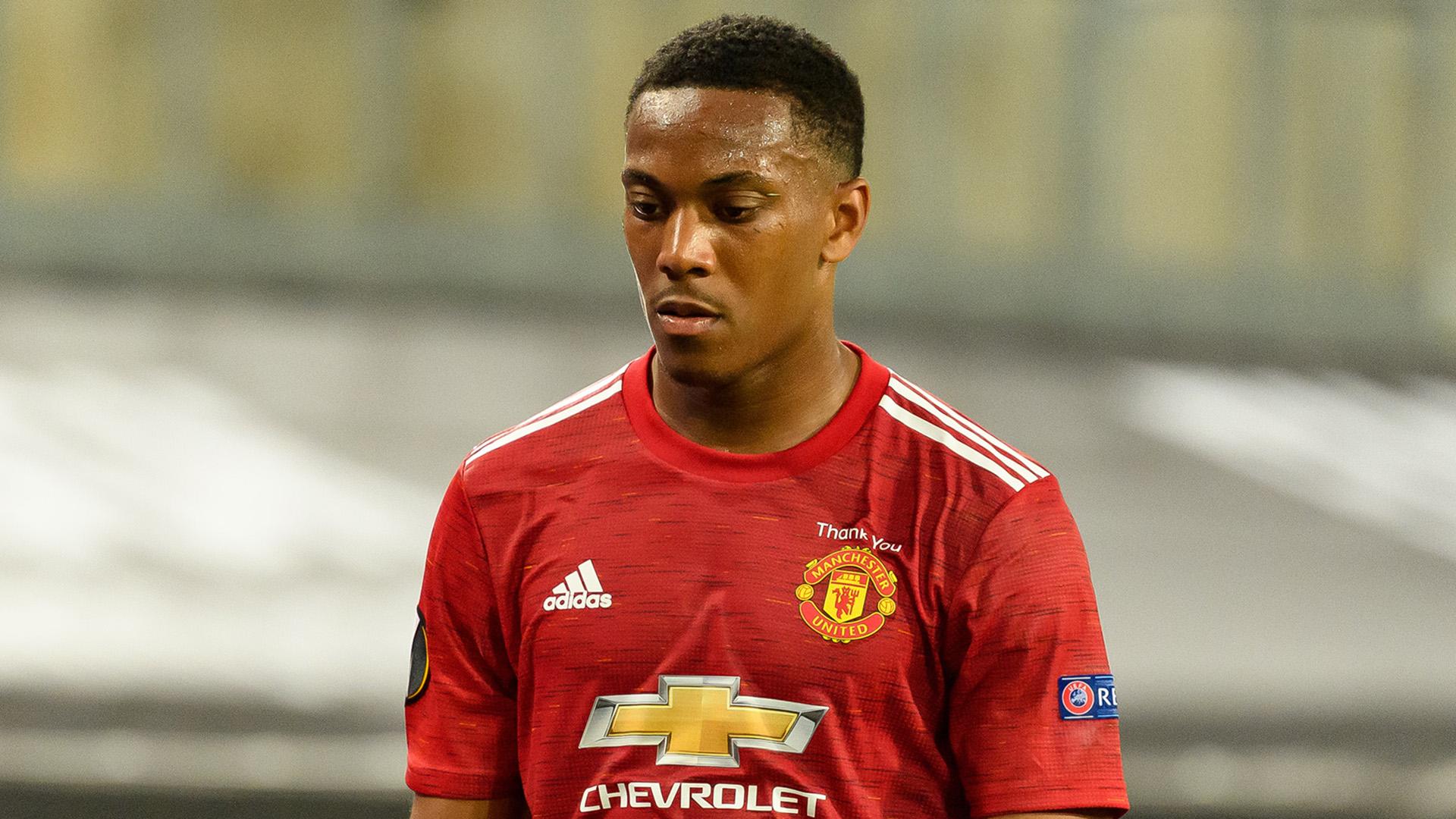 Man Utd boss Solskjaer backs misfiring Martial to come good