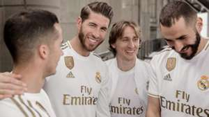 Real Madrid 19 20 Kit Home