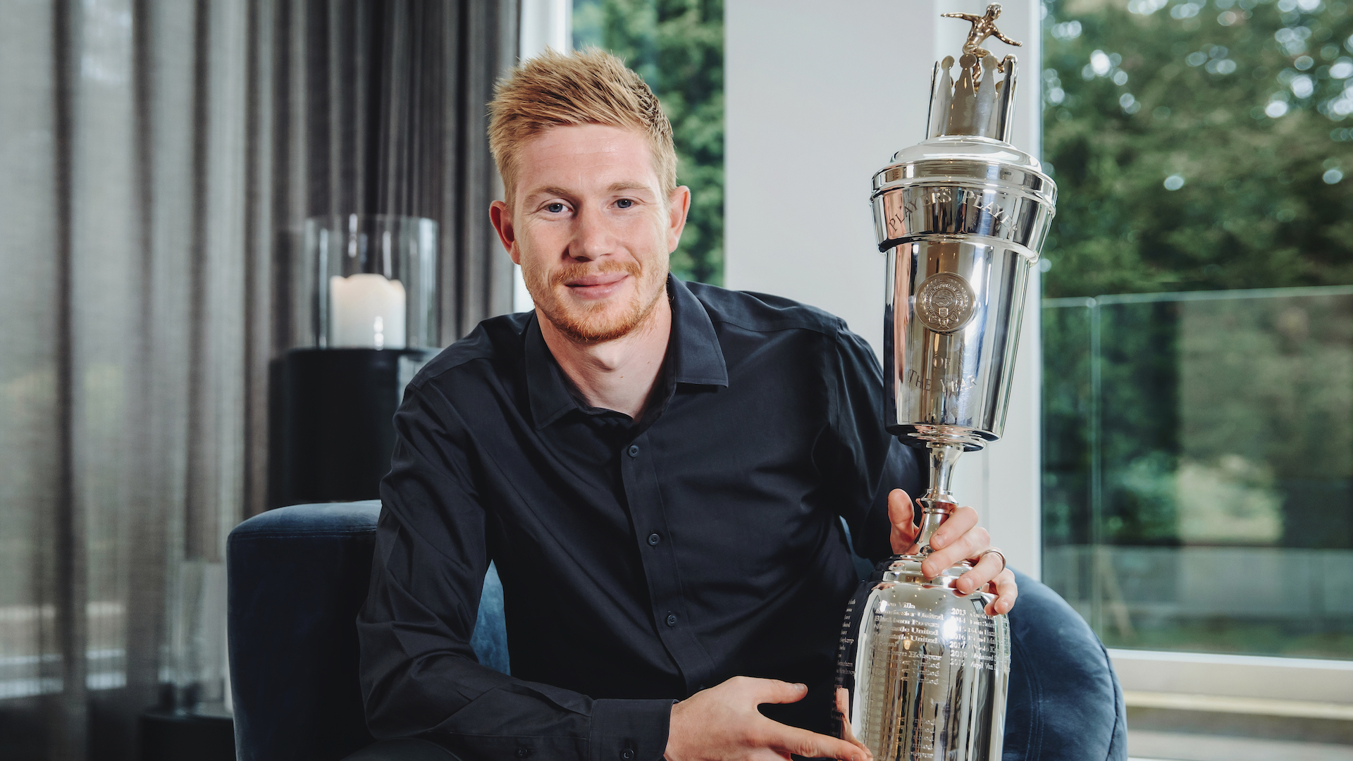 Man City midfielder De Bruyne beats Liverpool stars to PFA Player of the Year award
