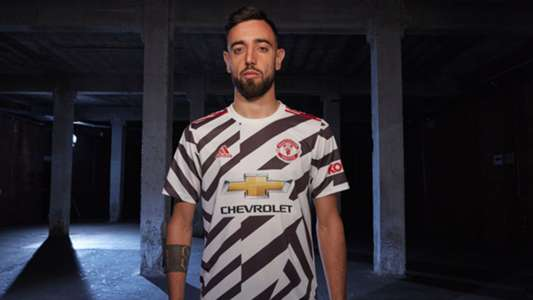 Bruno Fernandes wins Manchester United 2019-20 Player of the Year award after arriving in January | Goal.com