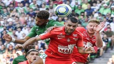 Denis Bouanga Yoann Court Saint-Etienne Brest Ligue 1 18082019