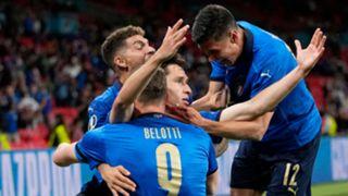 Chiesa Italy celebrating Austria Euro
