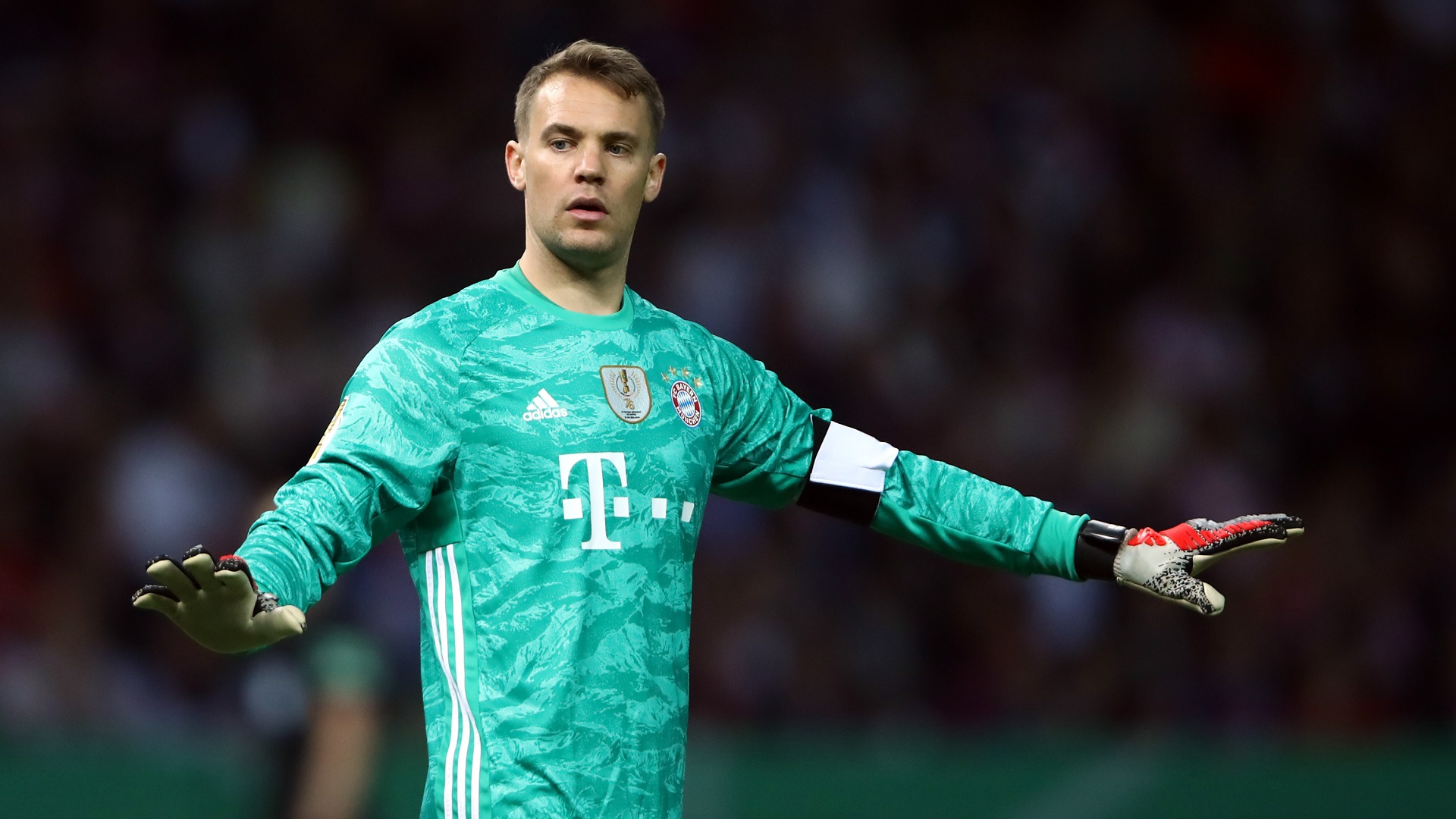 Manuel Neuer transfer news: Time has come for Manuel Neuer to ...