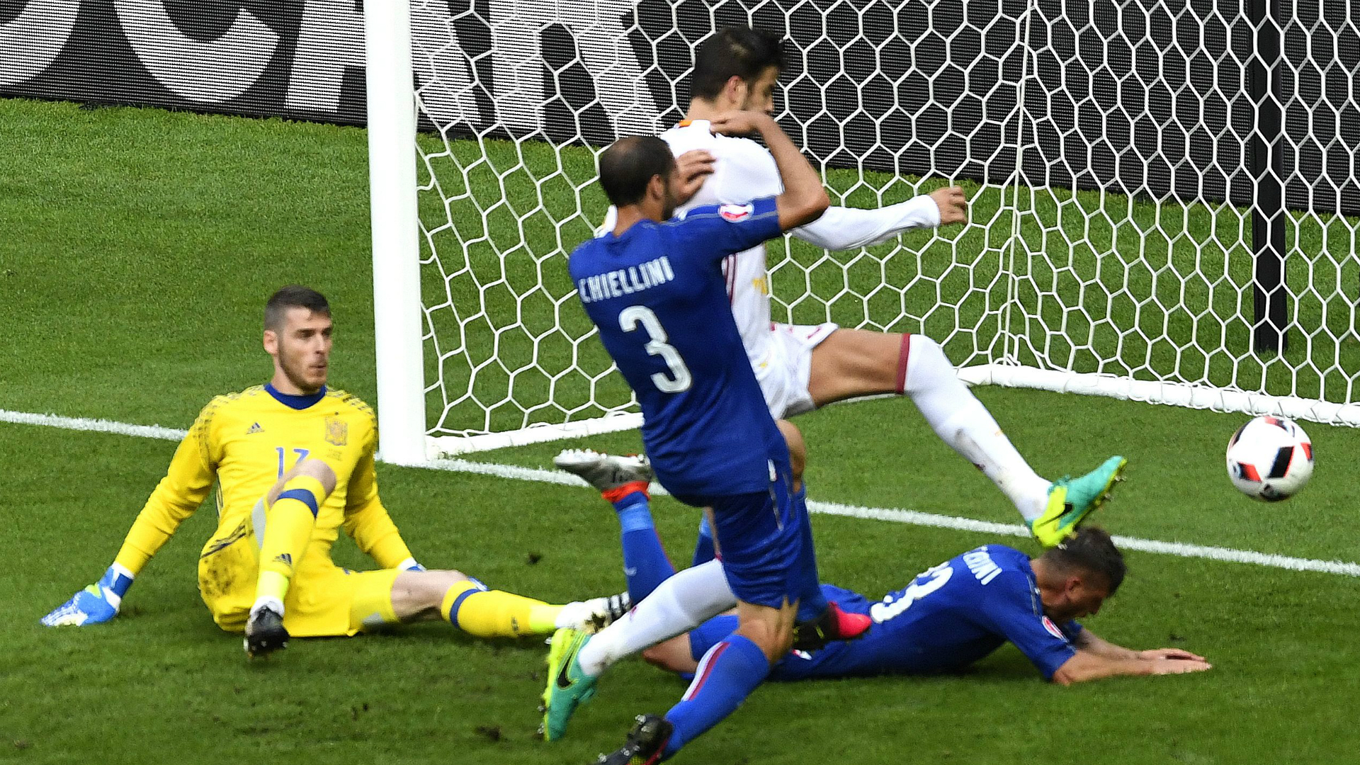 David de Gea Giorgio Chiellini Italy Spain Euro 2016