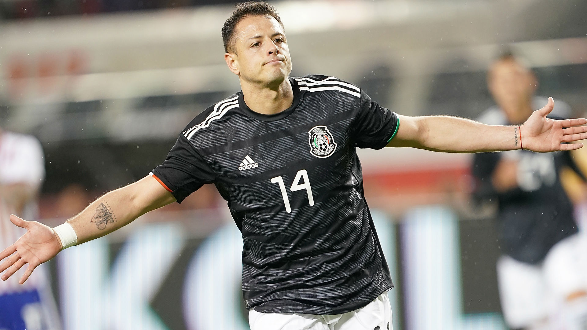 Javier Hernandez makes LA Galaxy move