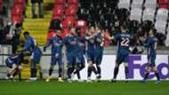 Arsenal celebrate Slavia Praha 2021