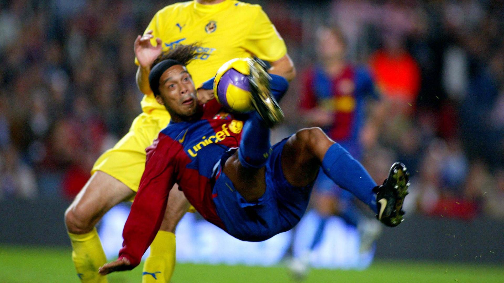 Messi or Ronaldo? Ronaldinho was more talented than both
