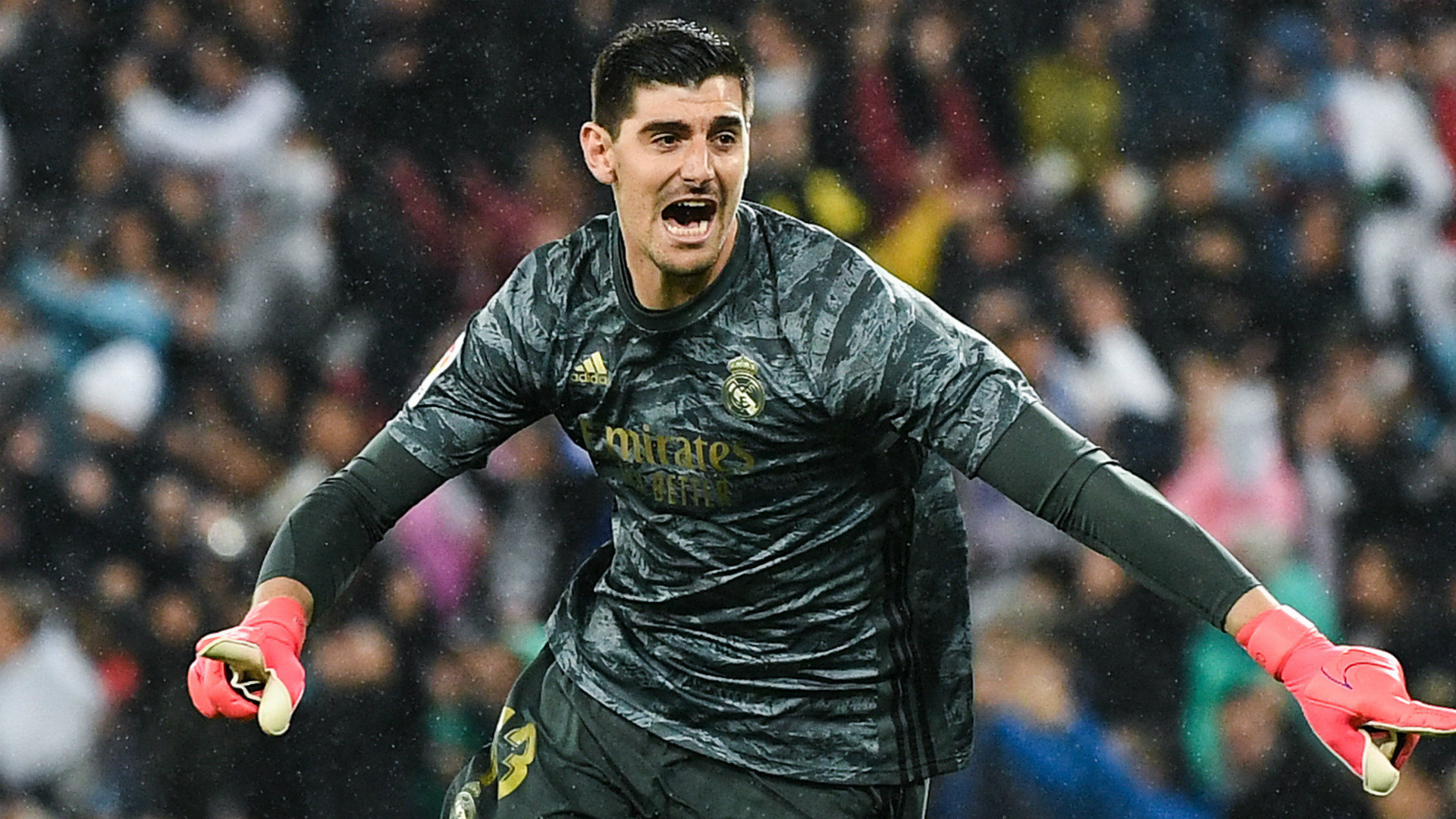 Courtois: Barcelona shouldn't be made La Liga champions - Real Madrid were better