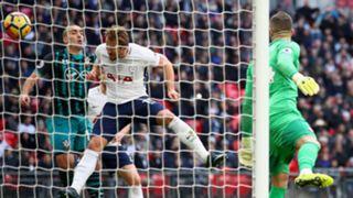 Harry Kane scoring Tottenham Southampton Premier League