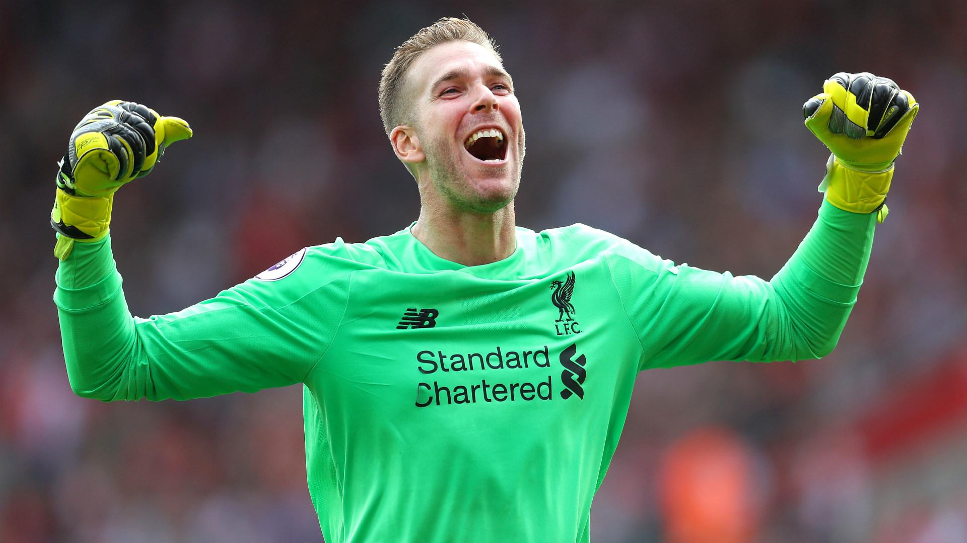 Adrian: Enaknya Main Bareng Bek-Bek Liverpool | Goal.com