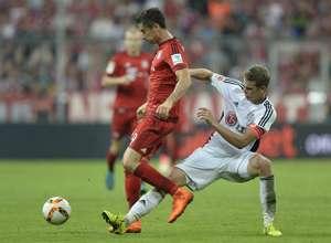 Robert Lewandowski vs Lars Bender