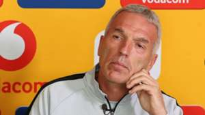 Middendorp: Castro's hat-trick doesn't mean Nurkovic is suddenly a bad player for Kaizer Chiefs