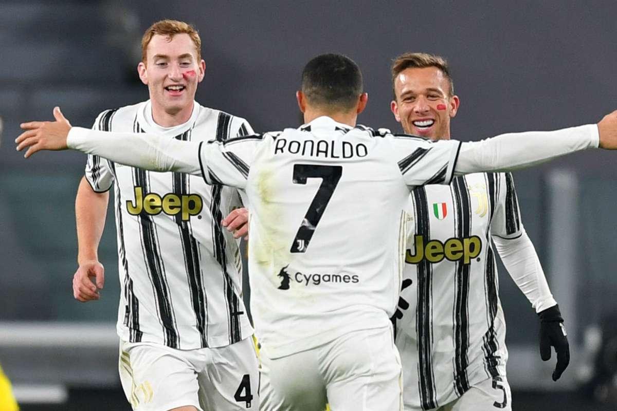 Juventus-Cagliari 2-0: doppio Cristiano Ronaldo, bianconeri sul velluto |  Goal.com