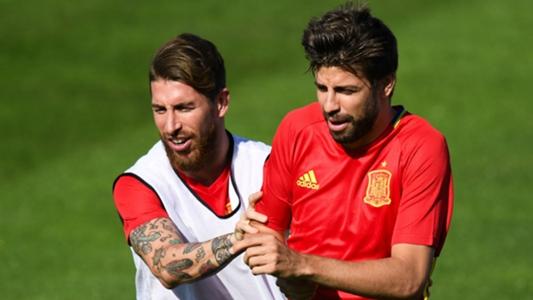 Bericht: Andres Iniesta, Gerard Pique und Sergio Ramos demnächst mit Spanien bei den Olympischen Spielen?   Goal.com