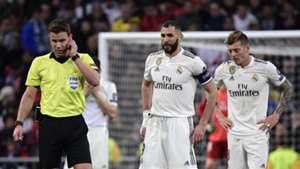 Karim Benzema Toni Kroos referee Real Madrid Ajax Champions League 050319
