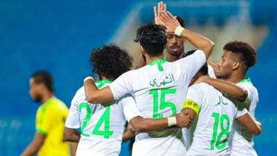 احتفال لاعبو المنتخب السعودي أمام جامايكا
