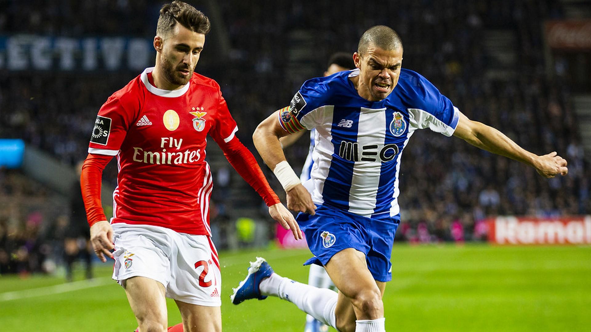 Football: Porto remporte la Coupe face au Benfica et réalise le doublé