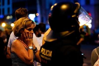 Van Hits Crowds in Barcelona