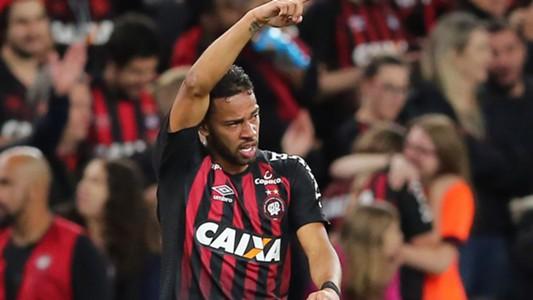 Renan Lodi Atlético-PR Fluminense Copa Sudamericana 07112018