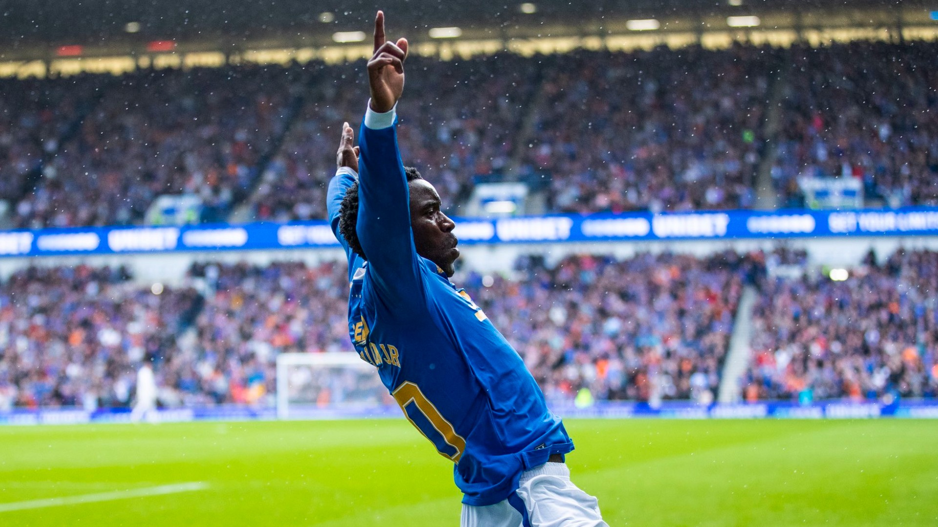 'He looked lively' – Rangers' Gerrard hails Sakala after Motherwell goal