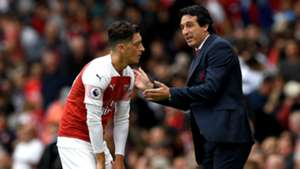 Mesut Ozil Unai Emery Arsenal
