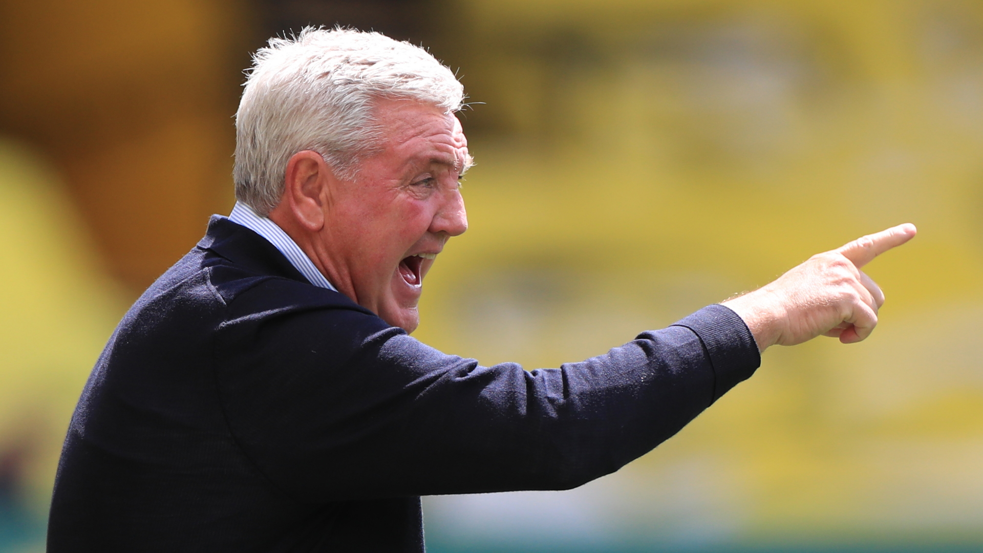 Steve Bruce now throws his players under a bus with new attack