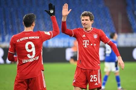 Hủy diệt Schalke, Bayern độc chiếm ngôi đầu Bundesliga
