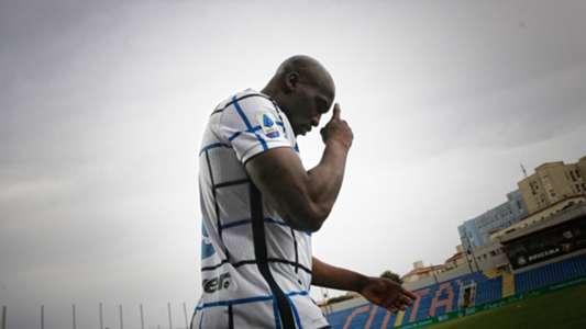 "Inter - ""Prosterne-toi"", Lukaku dézingue Ibrahimovic !   Goal.com"