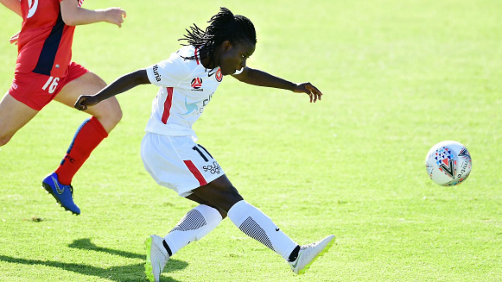Elizabeth Addo: North Carolina Courage sign Ghana midfielder