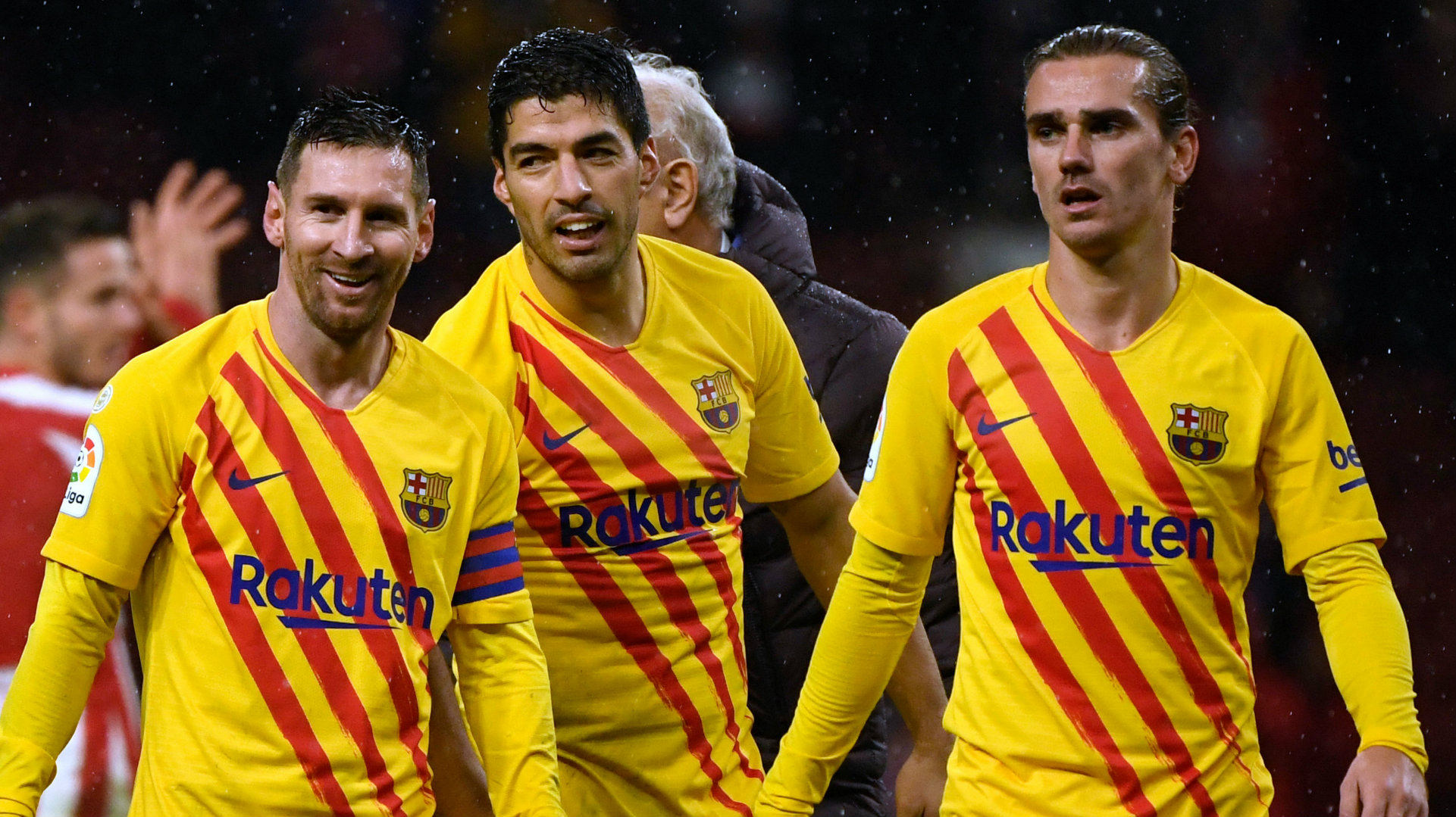 Suarez slams 'hurtful' claims Barca players refused wage cuts