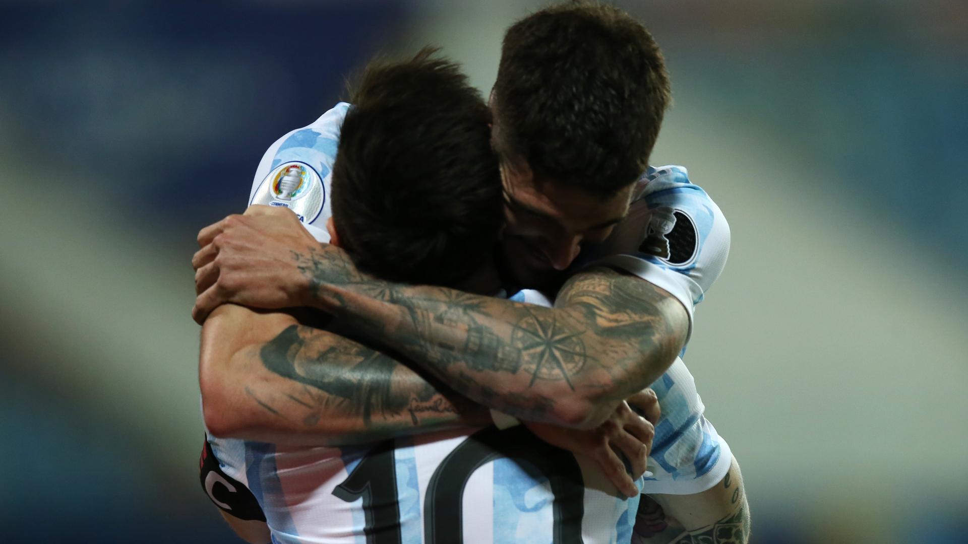 LIVE: Argentina vs Ecuador