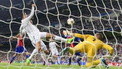 Cristiano Ronaldo Tomas Vaclik Real Madrid Basel