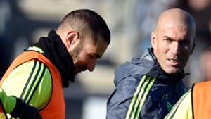 Zinedine Zidane Benzema Real Madrid Training